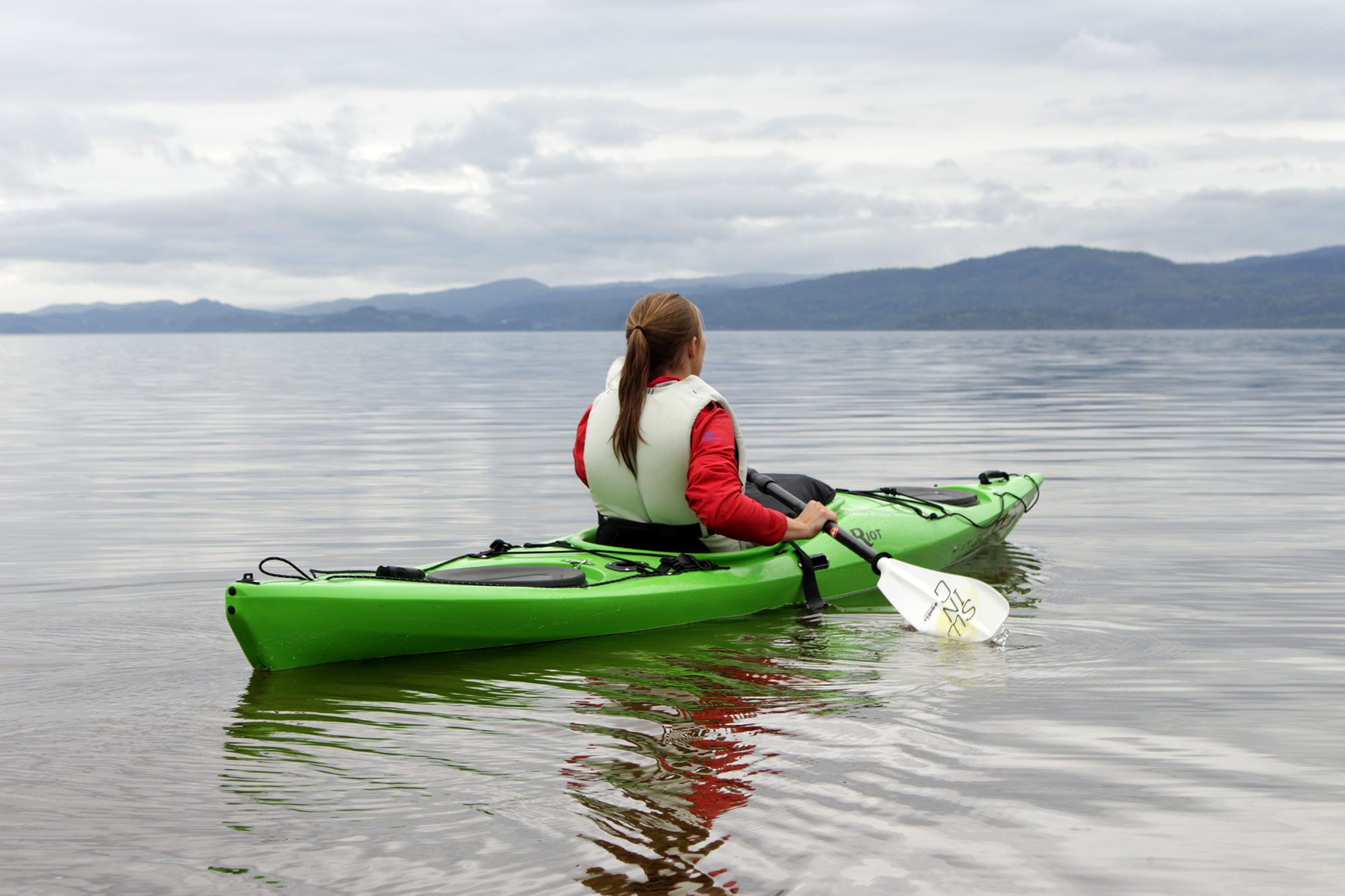 Padling on Lake Snåsavatnet. Photo: Visit Innherred